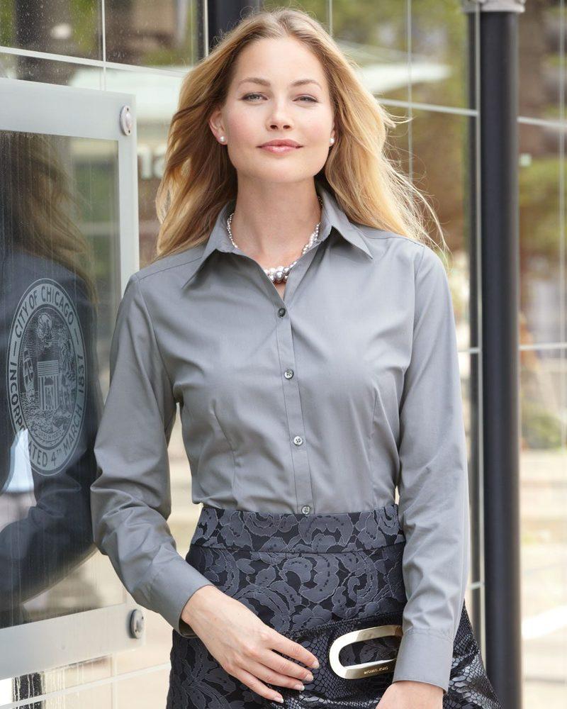 Van Heusen 13V0114 - Ladies' Silky Poplin Shirt