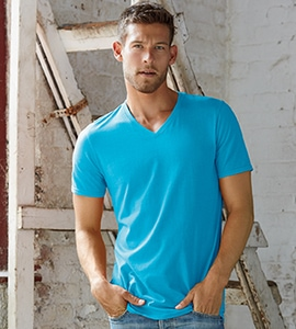 Anvil 352 - Adult Featherweight V-Neck Tee